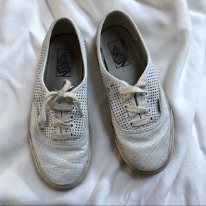 Used Vans lace-up leather sneakers size: 8